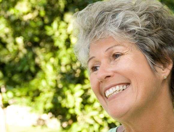 Dentist in Nashua | Optimal Gum Health for Seniors